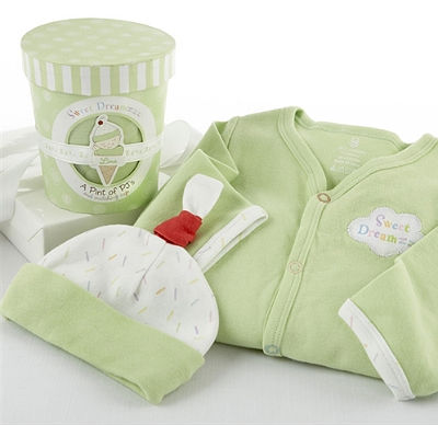 baby gift sets and layettes