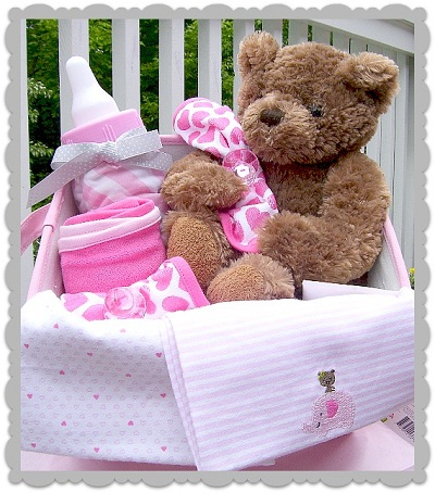free baby shower ideas gift basket