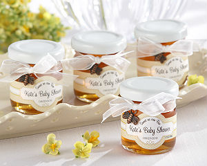 Winnie the Pooh Baby Shower Ideas If there's a rumbly in your tumbly, then this calls for a Winnie the Pooh baby shower! Whether or not you know the gender, get carried away by Pooh and his friends with this beautiful, gender-neutral baby shower.